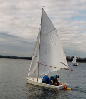 Ron Johnson's Blivit 13 under sail